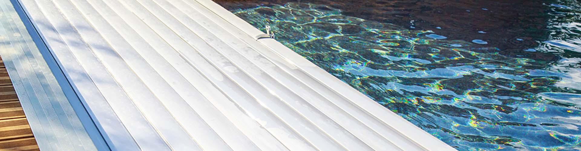 Abdeckung für den Pool